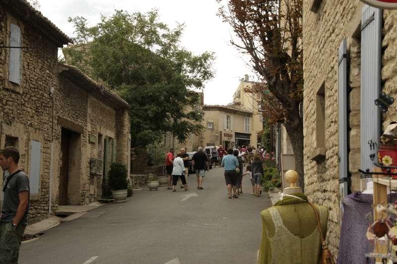 Gordes-vaucluse-provence-dorp-straat