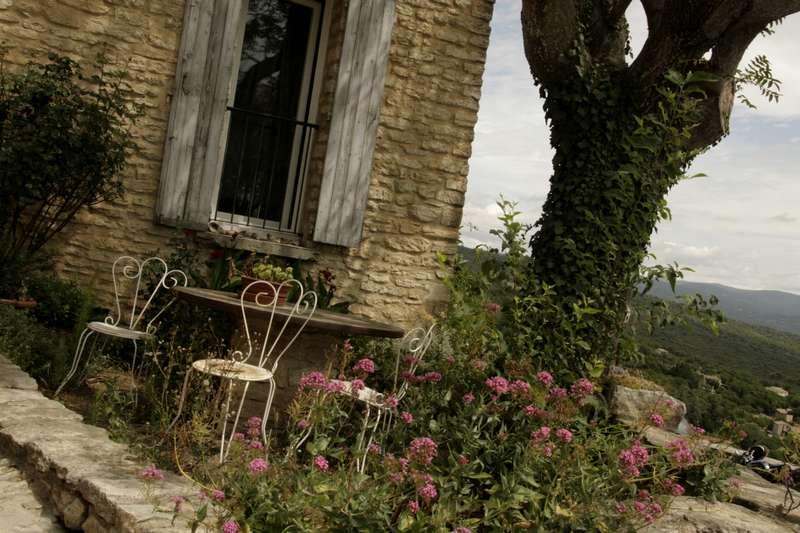 Gordes-vaucluse-provence-terras