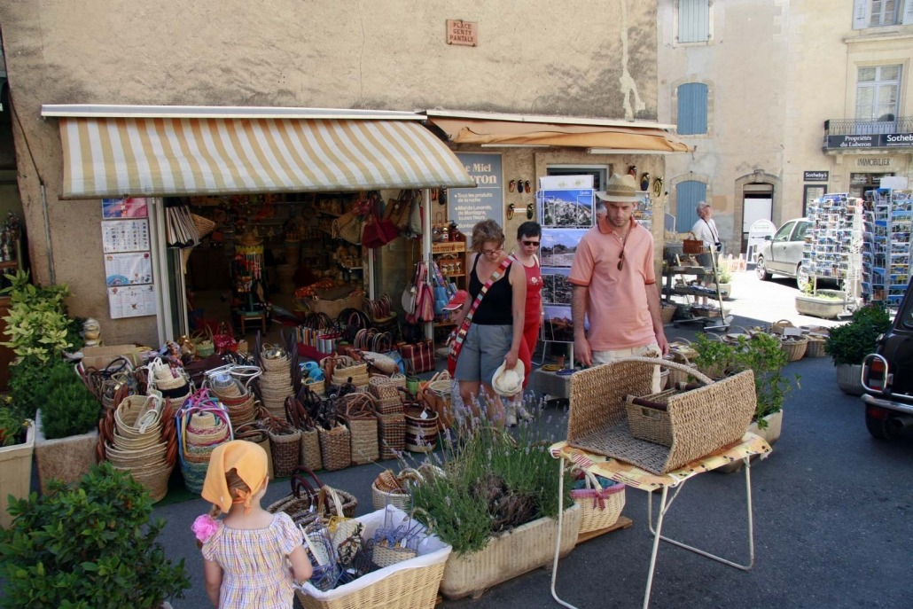 Winkeltje in het dorpje Gordes in de Provence, Frankrijk
