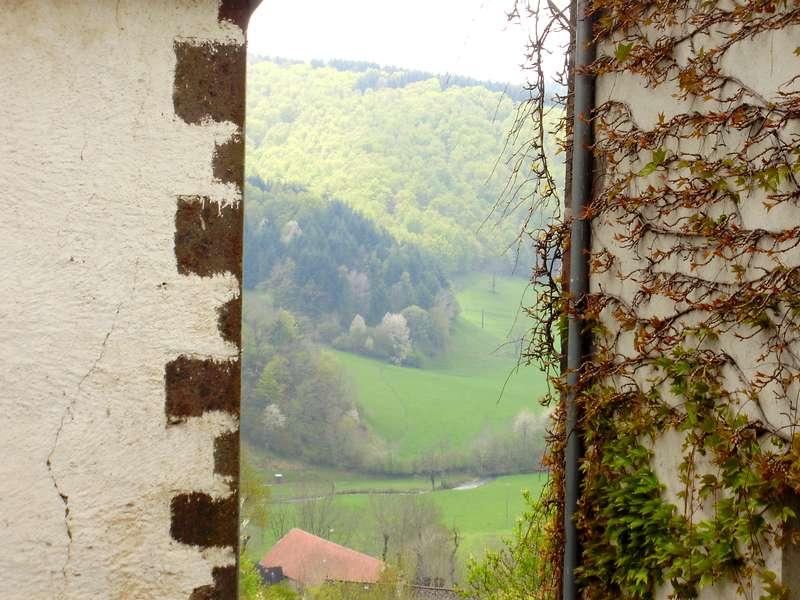 tournemire-beaux-villages-auvergne-dal-doorkijkje