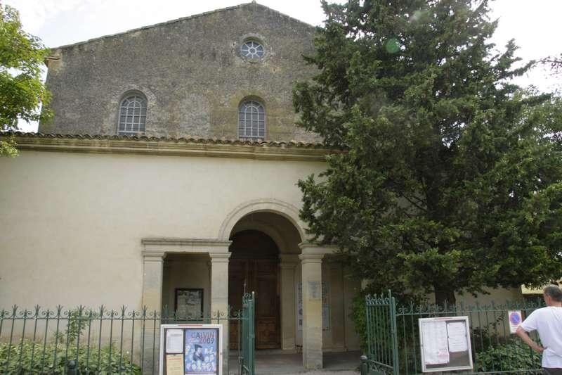 Lourmarin-frankrijk-provence-vaucluse-mooi-dorp-kasteel-protestant-kerk