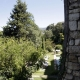 Tuin met zwembad in Menerbes, een dorpje in het zuiden van Frankrijk