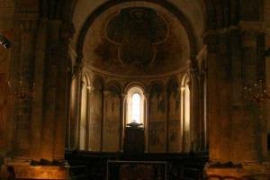 frescos kathedraal saint lizier pyreneeen dorp frankrijk les plus beaux villages de france