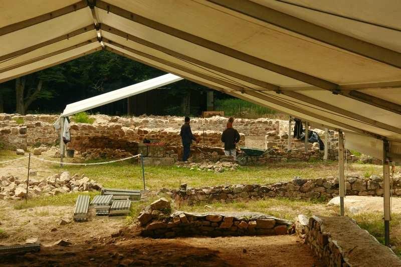 Archologische opgraving op Mont Beuvray in Bourgondië Frankrijk