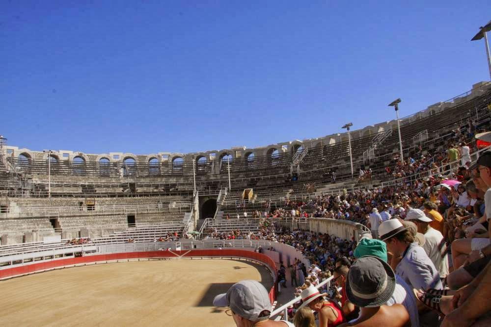 De arena in Arles met publiek