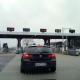 Tolpoort op de autosnelweg in Frankrijk