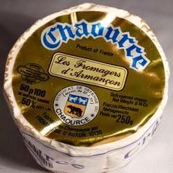Het Franse kaasje Chaource komt uit Bourgondië maar kan ook in de Champagne worden gemaakt.