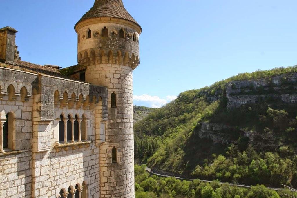 Kasteel bij de heiligdommen in Rocamadour