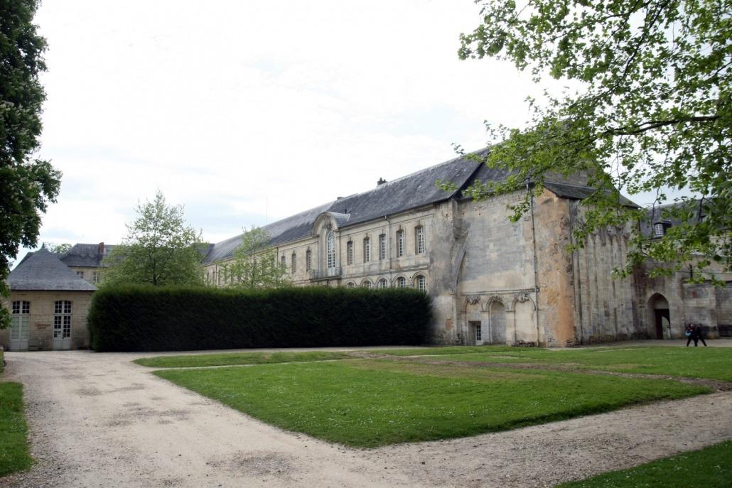 Het klooster van Le Bec-Hellouin in Normandië Frankrijk