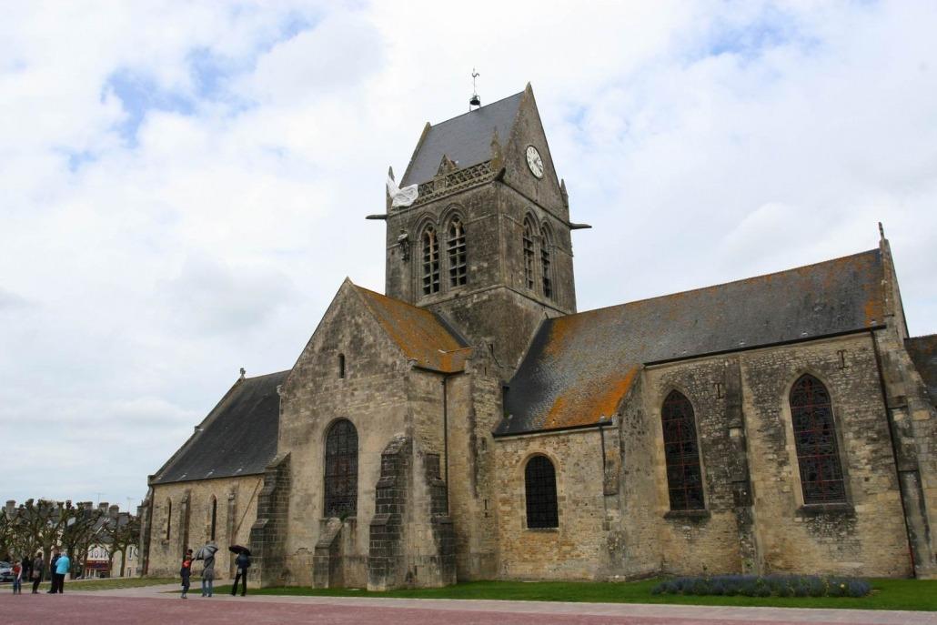 Sainte Mere Egilse nomandie kerk parachutist john steele