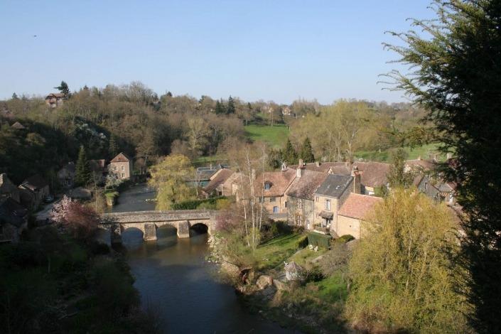 Saint-Céneri-le-Gérei normandie frankrijk cc wikimedia