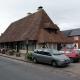 De houten markthal in het dorpje Beuvron-en-Auge, een plus beaux village de France