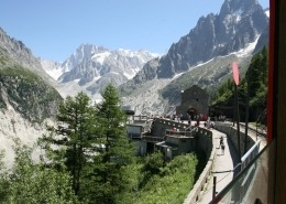 Aankomst bij het eindstation van het treintje van Chamonix naar de Glace du Mer