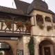 Vakwerkhuis met galerij in het dorp Mittelbergheim in de Elzas Frankrijk