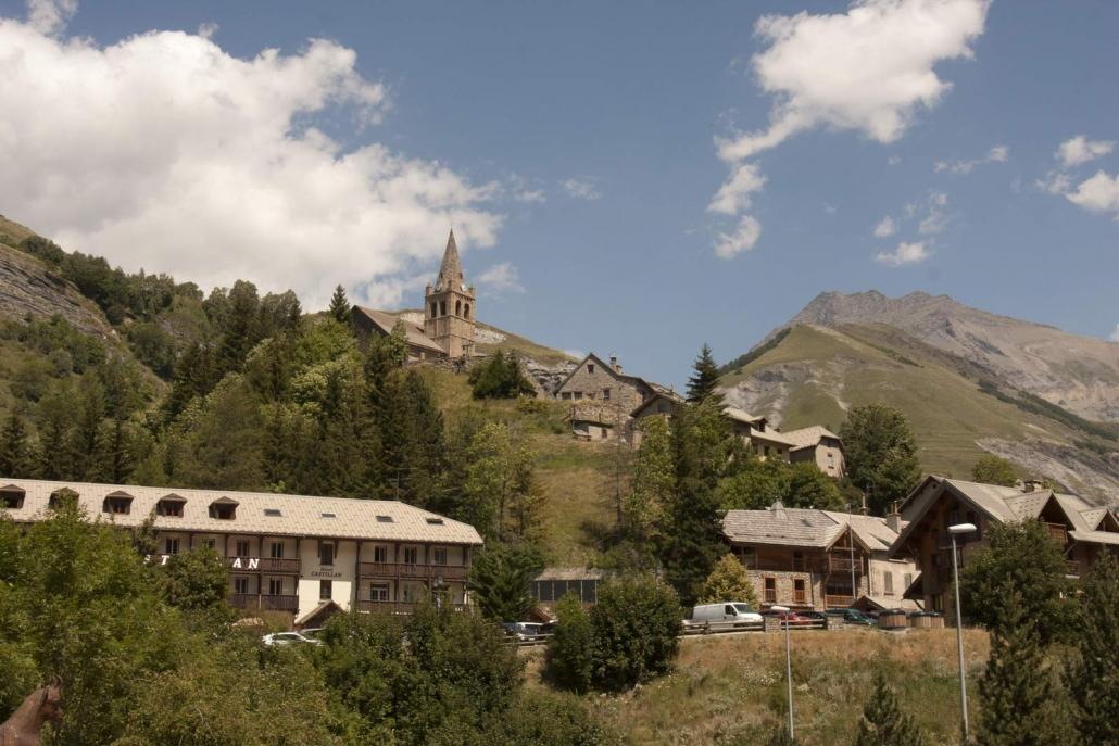 Het dorp La-Grave-La-Meije in de Franse Alpen
