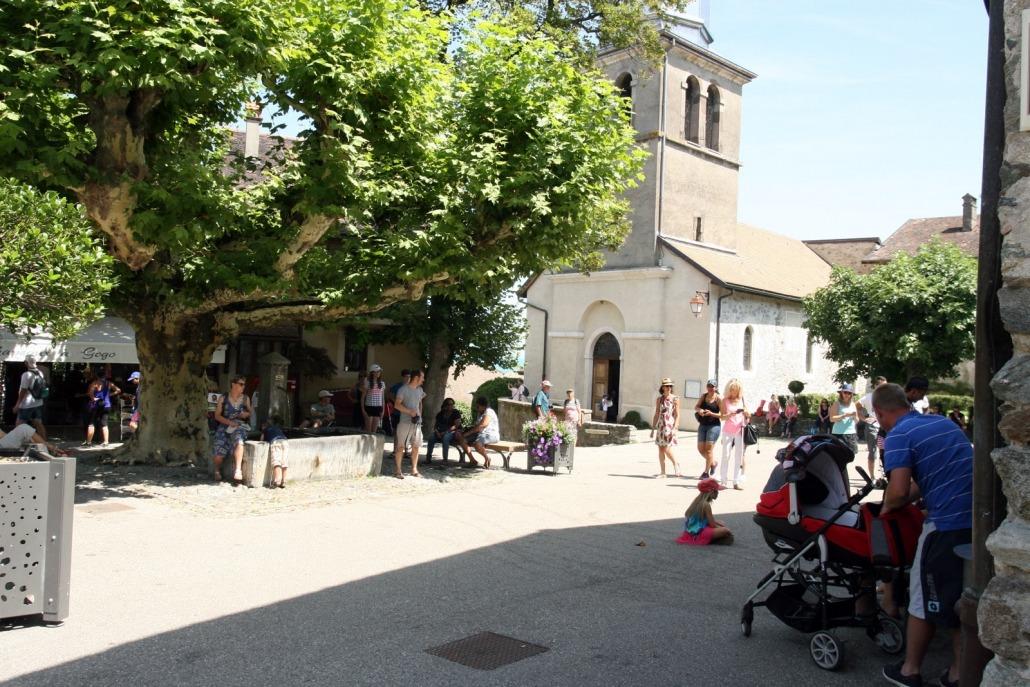 yvoire savoie meer geneve frankrijk dorp plein