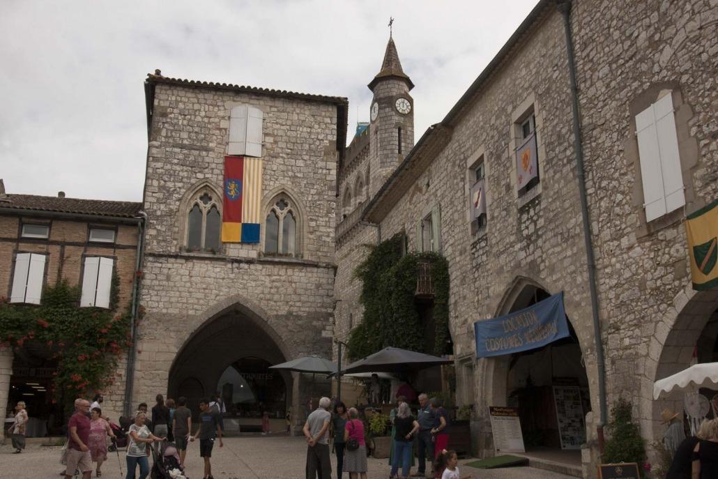 Het huis van de Black Prince op het plein van het Franse dorp Monflanquin