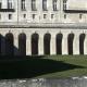 Bogen op de begane grond van het kasteel van La Roche-Guyon in Frankrijk