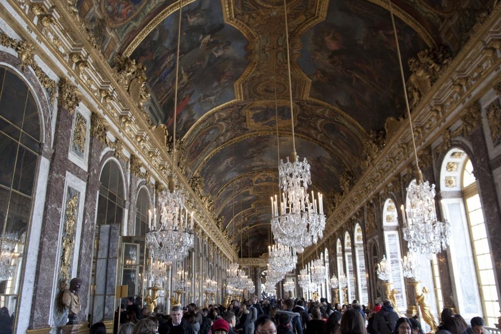 De spiegelzaal in het paleis van Versailles