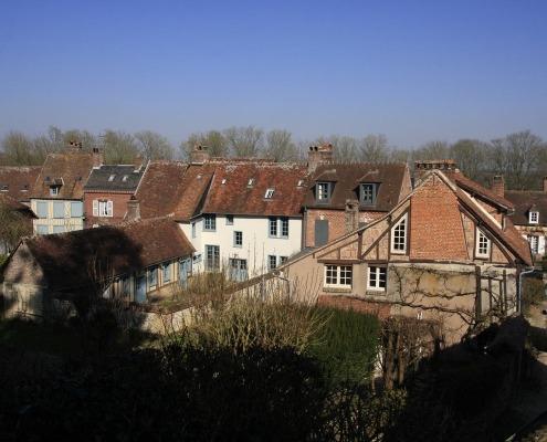Huizen in het dorp Gerberoy in het noorden van Frankrijk