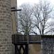De toegangsbrug van het kasteel van Rochechouart is een prima begin van een wandeling