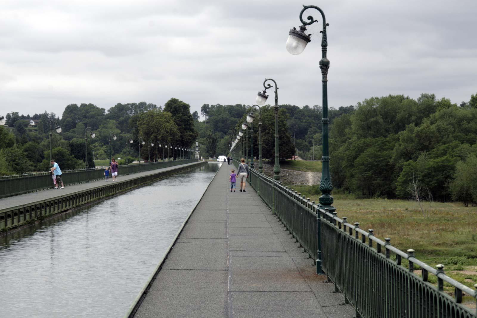 Pont Canal de Braire