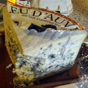 Bleu d'Auvergne is een blauwe kaas uit Frankrijk